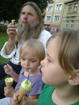 14. sladká chvíle s vnučkama